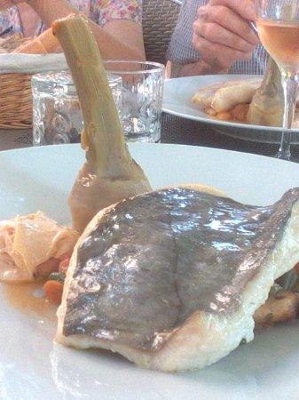 Signes, Frankrig: poisson énorme excellent