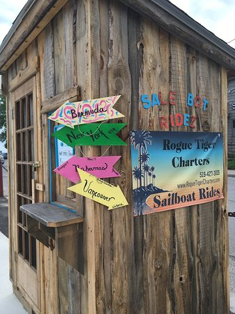 Port Dover, Canada: The hut