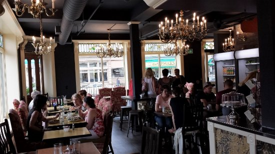 New Hamburg, Canada: inside Imperial Market and Eatery