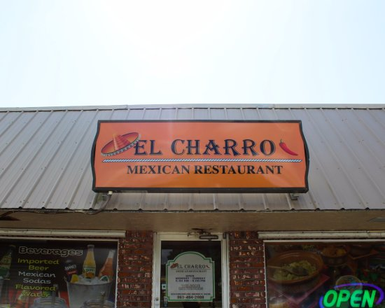 Arcadia, FL: Come visit us at El Charro!