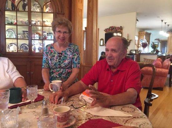 Ephrata, Pensilvania: owners and decorators Rich and Bert Hurst