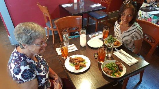 Brownstone Restaurant: 20170623_173650_large.jpg