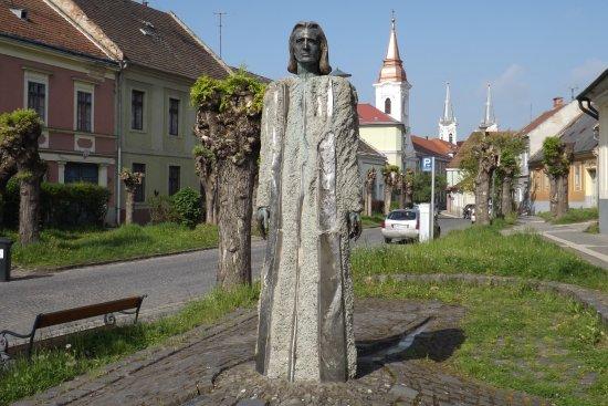 Statue of Ferenc Liszt