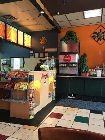 Lompoc, CA: Nice place good food loved👍🙏🍤🍗