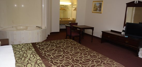 Travelers Inn and Suites Memphis Photo