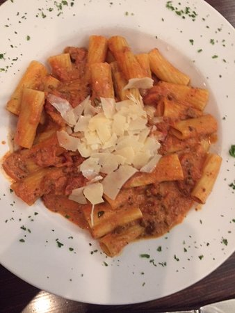 Fairhaven, MA: Pasta with vodka sauce
