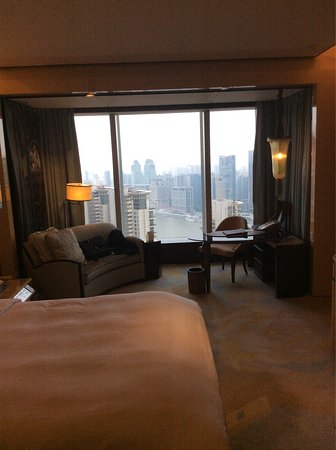 The Ritz-Carlton Shanghai, Pudong: Great views from my room on the 39th floor