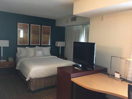 Хапог, Нью-Йорк: Residency Inn Marriot Hauppauge Room