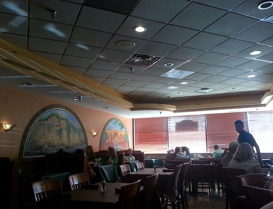 Glenview, IL: dining area at Javier's Mexican Restaurant
