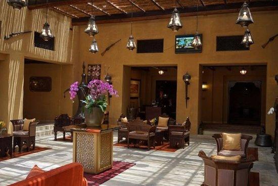 Bab Al Shams Desert Resort & Spa: 酒店的Common Area