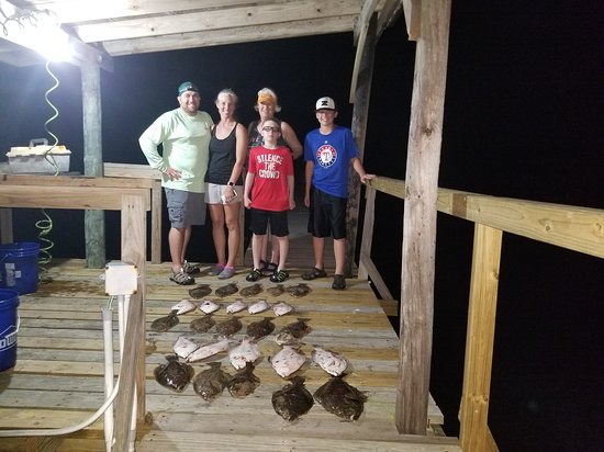 Aransas Pass, Teksas: Rockport flounder gigging fishing guide with captain James Parbst