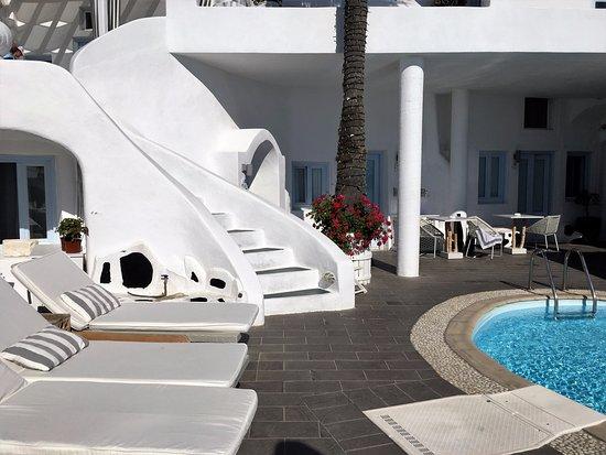 Mill Houses Elegant Suites: View from Honeymoon Suite 102
