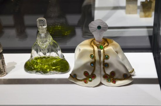Palazzo Mocenigo: large number of very interesting and attractive perfum holders on display