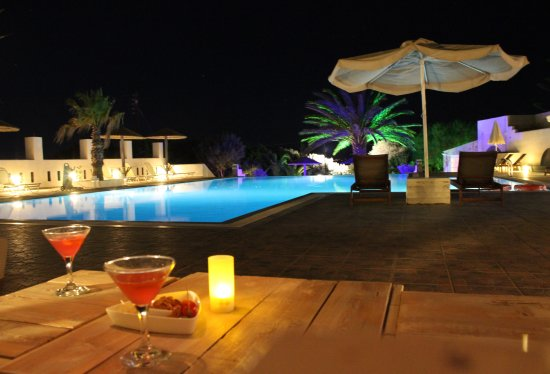 Kastraki, Greece: time for a cocktail...