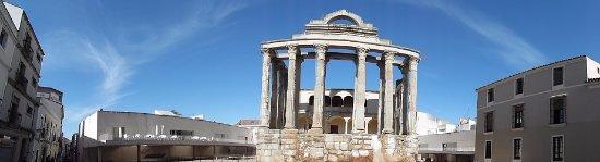 Templo de Diana: vue panoramique