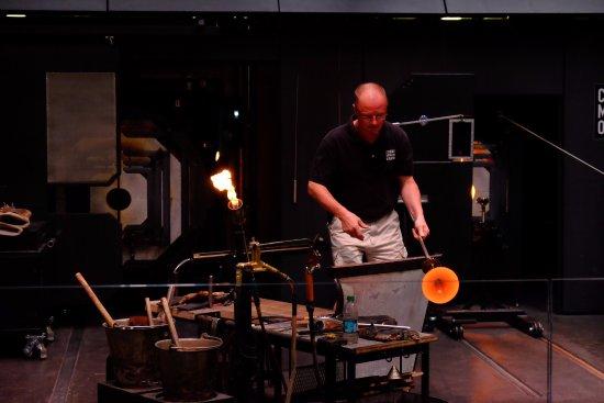 Corning, NY: performing...