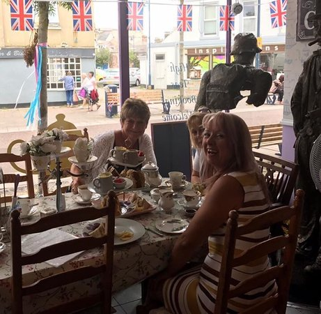 Teignmouth, UK: Fabulous High Tea.