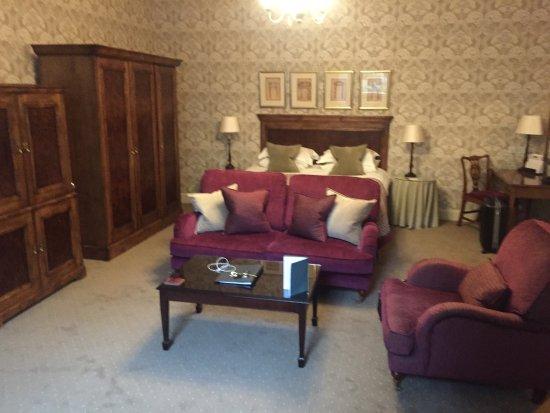 The Edinburgh Residence: photo5.jpg