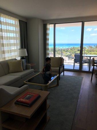The Ritz Carlton Residences, Waikiki Beach