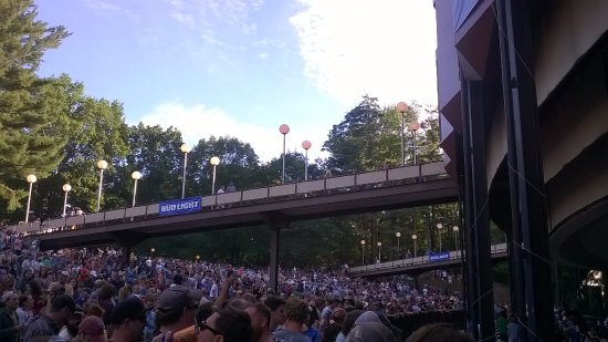 Saratoga Performing Arts Center: My photo from the lawn.