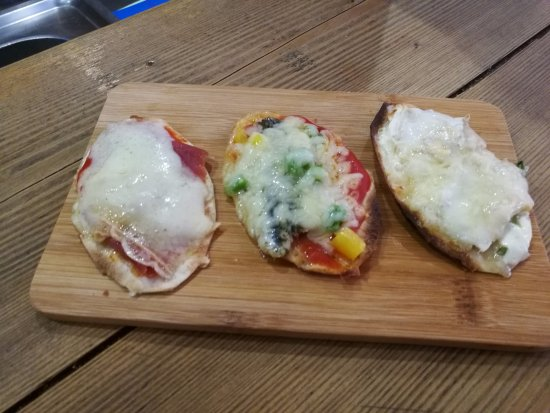 Ax-les-Thermes, Francia: Mini pizzas