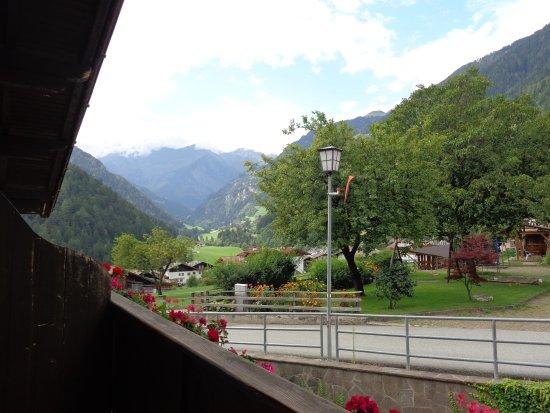 San Leonardo in Passiria, إيطاليا: Moso valley view from Arnika balcony