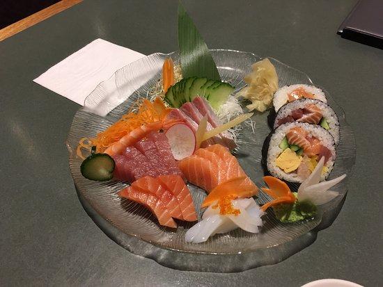 Hatsuhana Japanese Restaurant: photo1.jpg