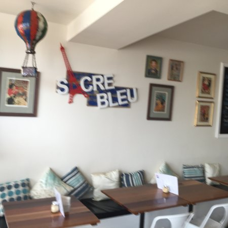 Rye, Australia: French, warm and friendly atmosphere