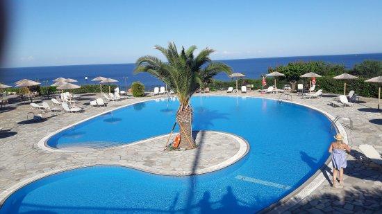 ec7583929735 Hotel bday cake :) - Bild från Porto Skala Hotel & Village, Skala ...