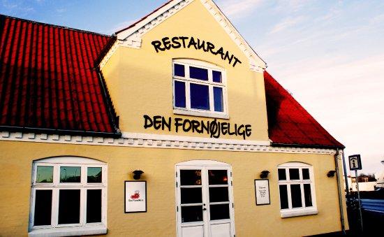 Albaek, Denmark: Restaurant Den Fornøjelige i Ålbæk ude fra.