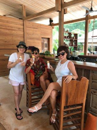 Con Son, Vietnam: Enjoy at The bar