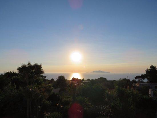 comincia il tramonto a Villa Damecuta