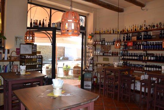 Sovana, อิตาลี: ingresso interno