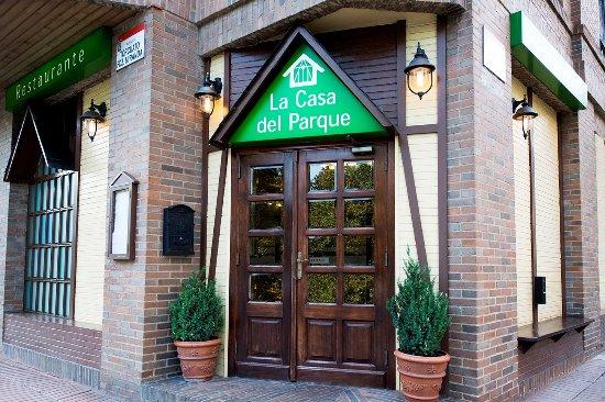 La casa del parque gij n fotos n mero de tel fono y restaurante opiniones tripadvisor - La casa del parque ...