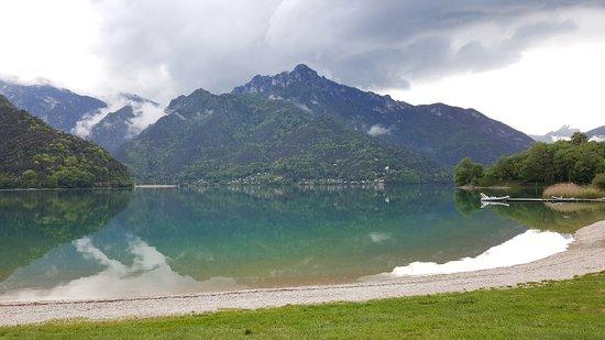 Lago di Ledro: Il lago in versione prima del temporale