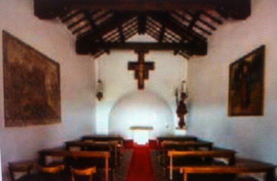 Chiesetta di San Giacomo (Villanova): Vista dell'Altare .