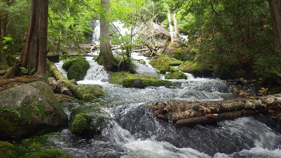 Grand Marais, MN: Hidden falls....