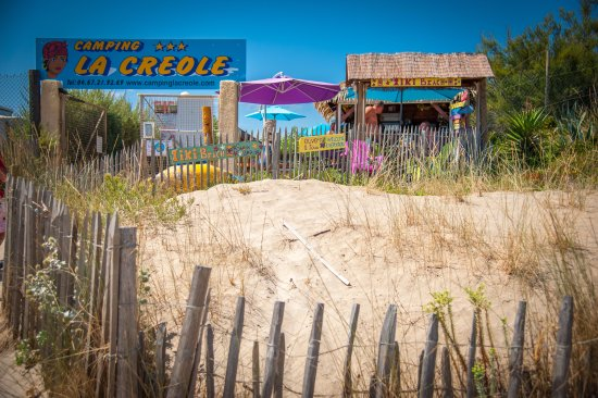 Camping la cr ole marseillan plage france voir les for Camping a marseillan plage avec piscine
