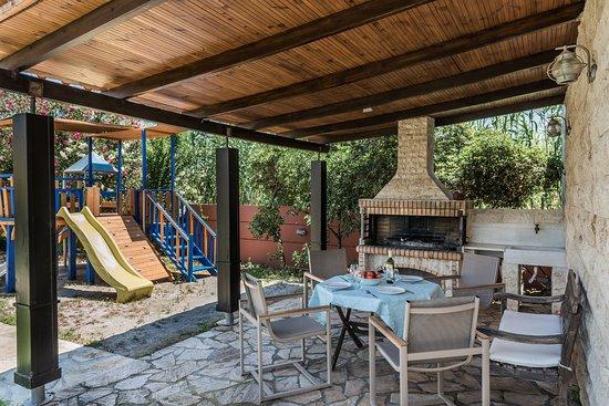 Pool - Picture of Daphnis Villas, Crete - Tripadvisor
