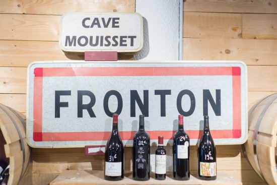 Fronton and Cave Mouisset