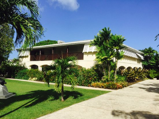 Mullins, Barbados: Front yard view of Bayfield House