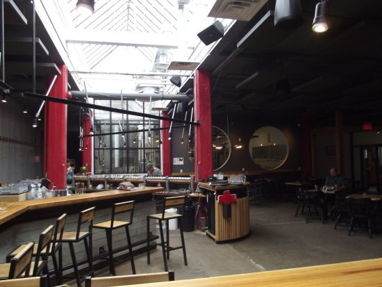 Montreal Craft Beer Tours: le bar