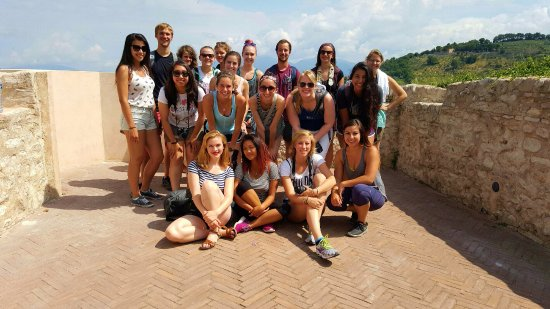 Montefalco, Italia: Fun and informative City Tours for visitors of all ages