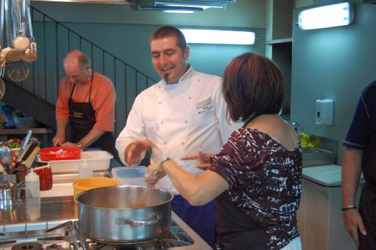Монтефалько, Италия: Our Cooking Classes are hands-on and are followed by a delicious lunch or dinner