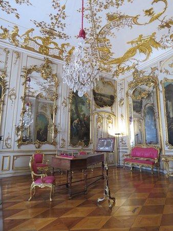 Sanssouci Palace: Uma das muitas salas lindas do palácio