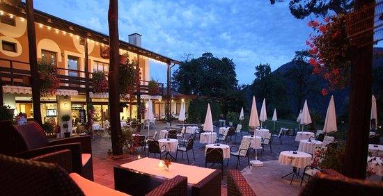 Sessa, Suisse : Ristorante I Grappoli avec terrasse