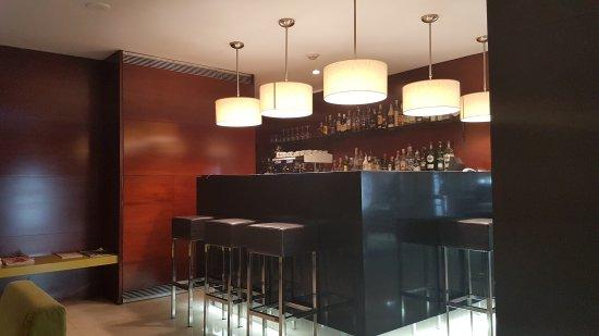 Hotel Zenit Borrell: TA_IMG_20170624_164700_large.jpg