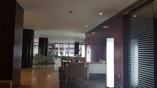 Hotel Zenit Borrell: TA_IMG_20170624_164554_large.jpg