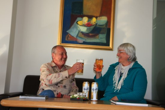 Hotel Hafnarfjordur: abendliches Bier in der Lounge