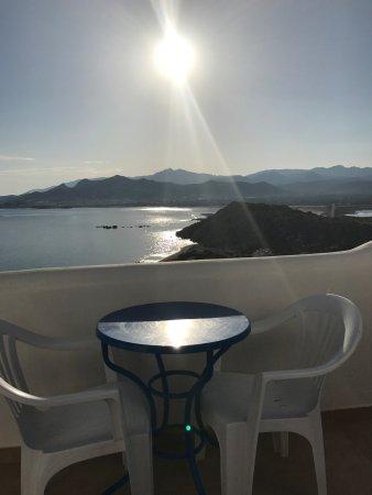 Stelida, Grecia: zon opkomst gezien van uit het appartement